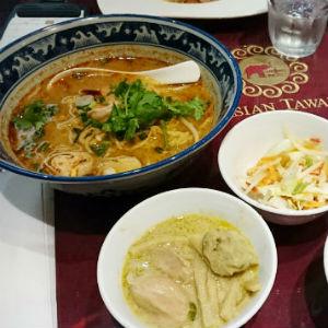 汐留のトムヤムラーメン当たりキター!タイ料理ビュッフェが熱い